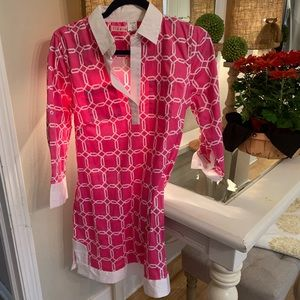 🎃Tizzie pink and white shirt dress! Size Small!💗